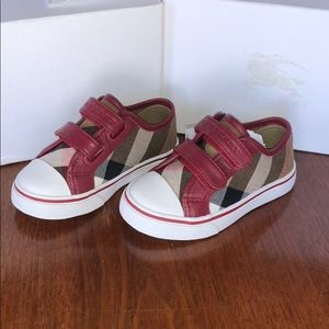 ✨HP✨ Burberry Toddler Kids Checkered Shoes